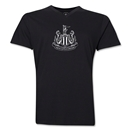 Newcastle United Distressed Men's V-Neck T-Shirt (Black)