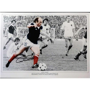 Icons Signed Archie Gemmill Scotland Photo