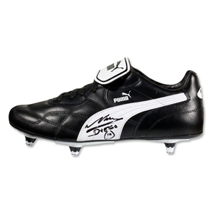 Icons Diego Maradona Signed PUMA Cleat