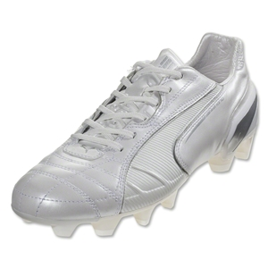 PUMA King FG (Metallic White/Metallic White)