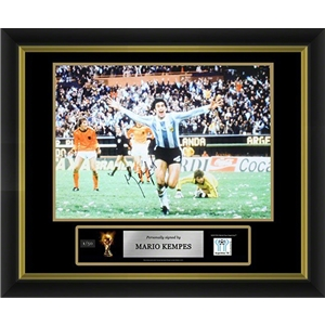 Mario Kempes Signed Argentina Photo