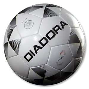 Diadora Stadio Ball
