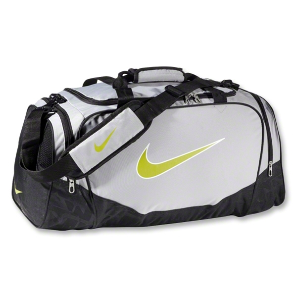 Nike Brasilia 5 Medium Duffle (Red/Grn)