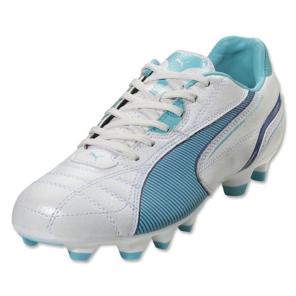 PUMA Women's Momentta FG (Metallic White/Blue)