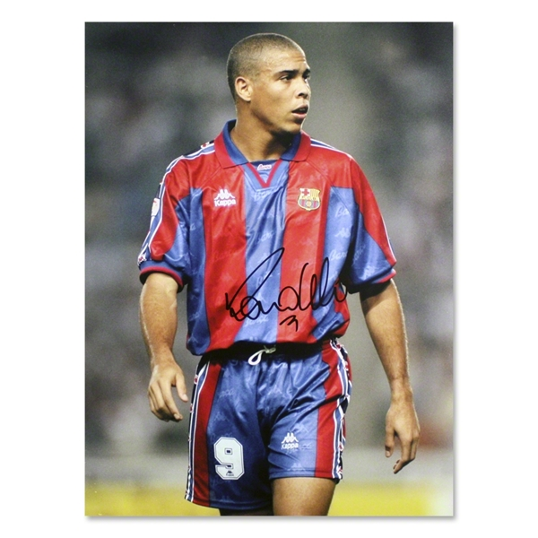 Icons Ronaldo Signed Barcelona Photo