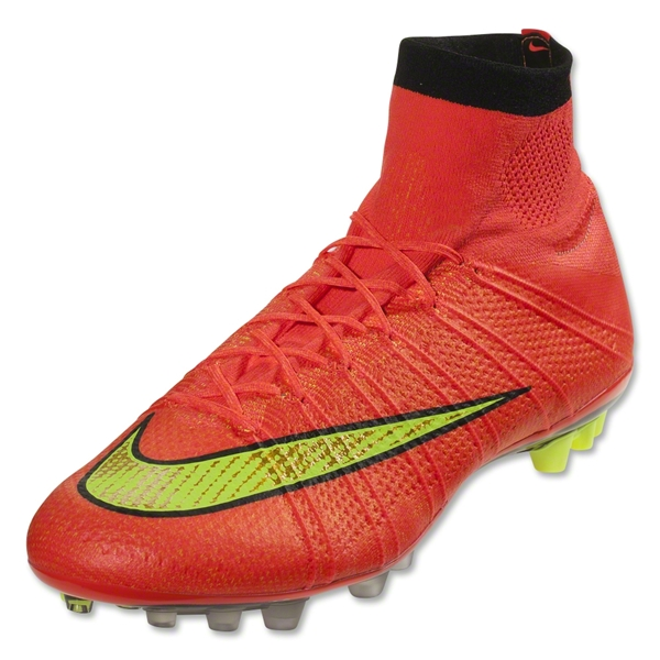 Nike CTR365 Maestri II FG Cleats (Metallic Summit White/Metallic Gold Grain/Volt)